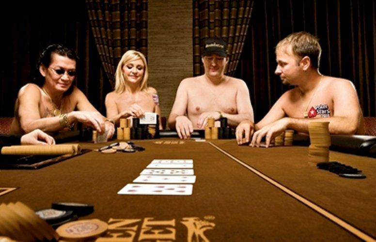 daniel negreanu naked strip poker