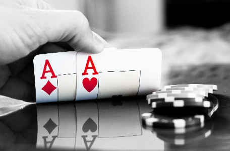 online poker skins white labels reviews networks deals consultants consultancy